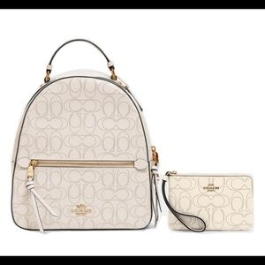 Brand New!🌸 Coach Leather Backpack & Wrislet